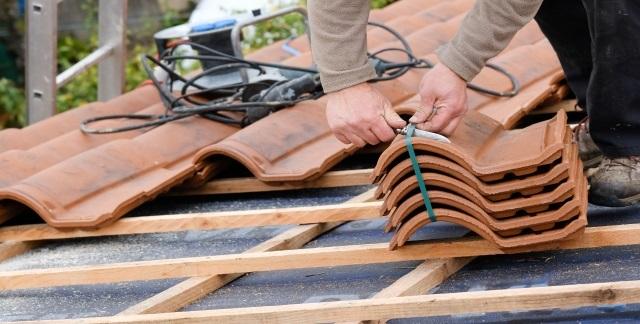 remplacement tuile var 83- artisan david toiture sanary